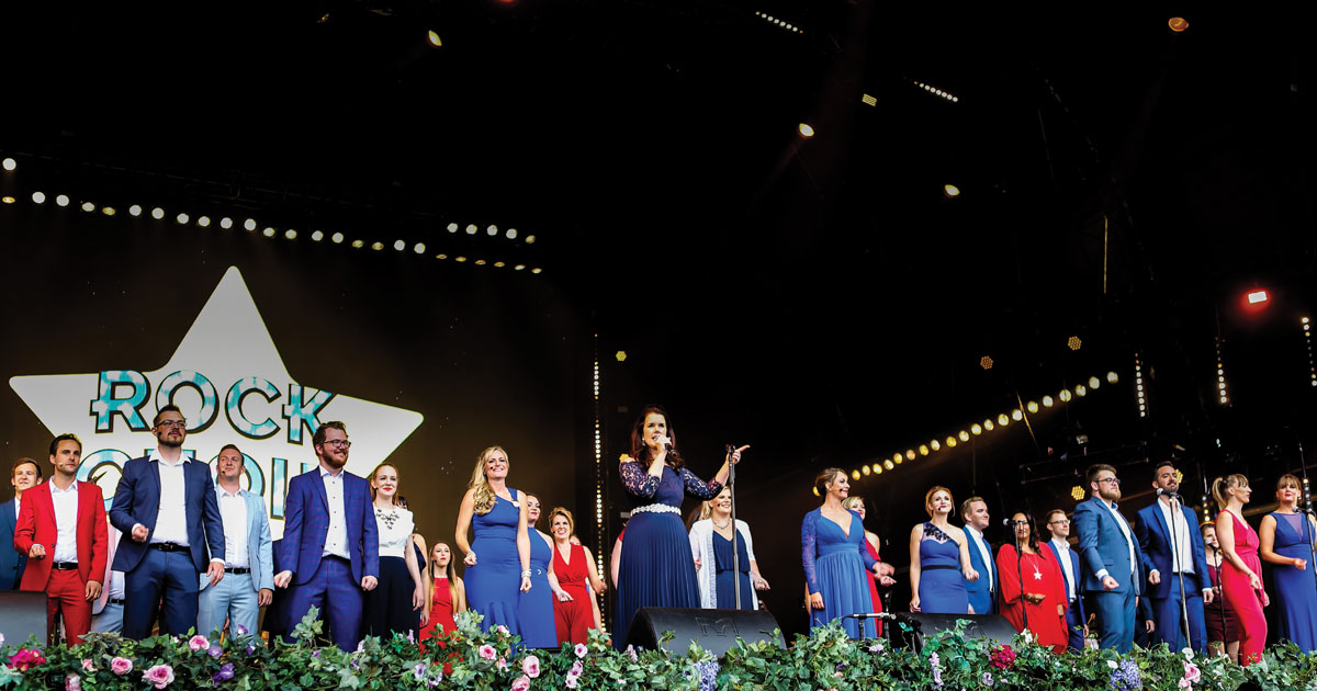Local Rock Choir in Record-Breaking spectacular Flash-mob at BBC Proms in the Park London event