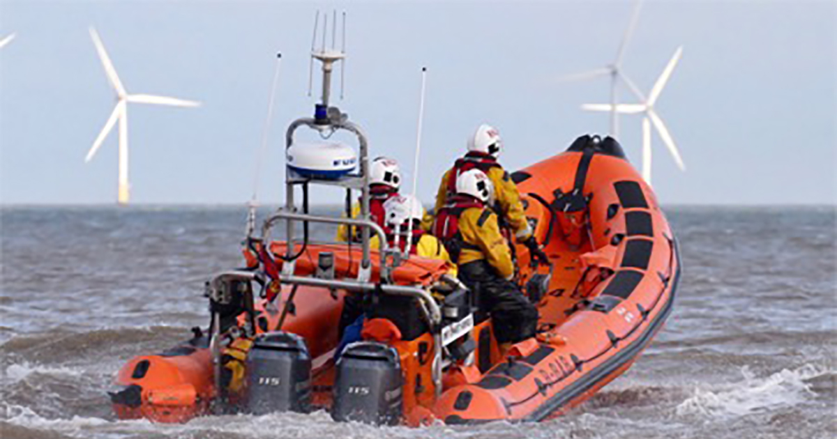 Hunstanton Lifeboat aids Cabin Cruiser