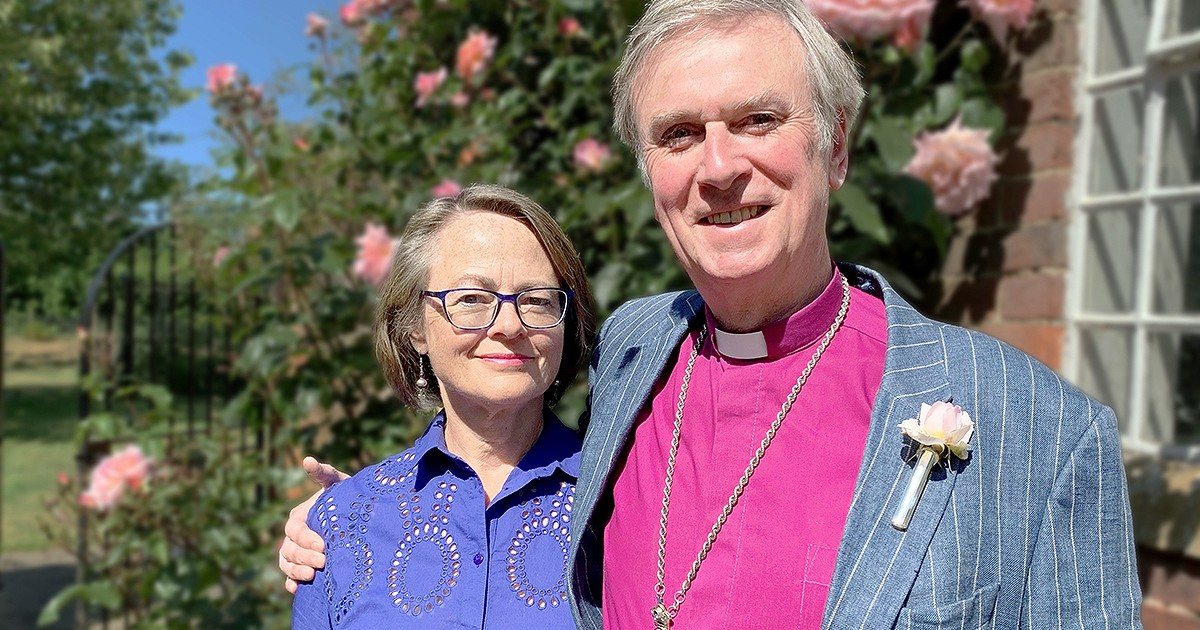 Bishop of Lynn announces retirement